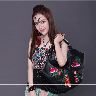 ladies summer handbag 2017 fashion trend hobos embroidered big handbags women's vintage shoulder cross-body women messenger bags free shipping 2016 hot sale national trend bags one shoulder cross body women s canvas handbag embroidered vintage elegant bag