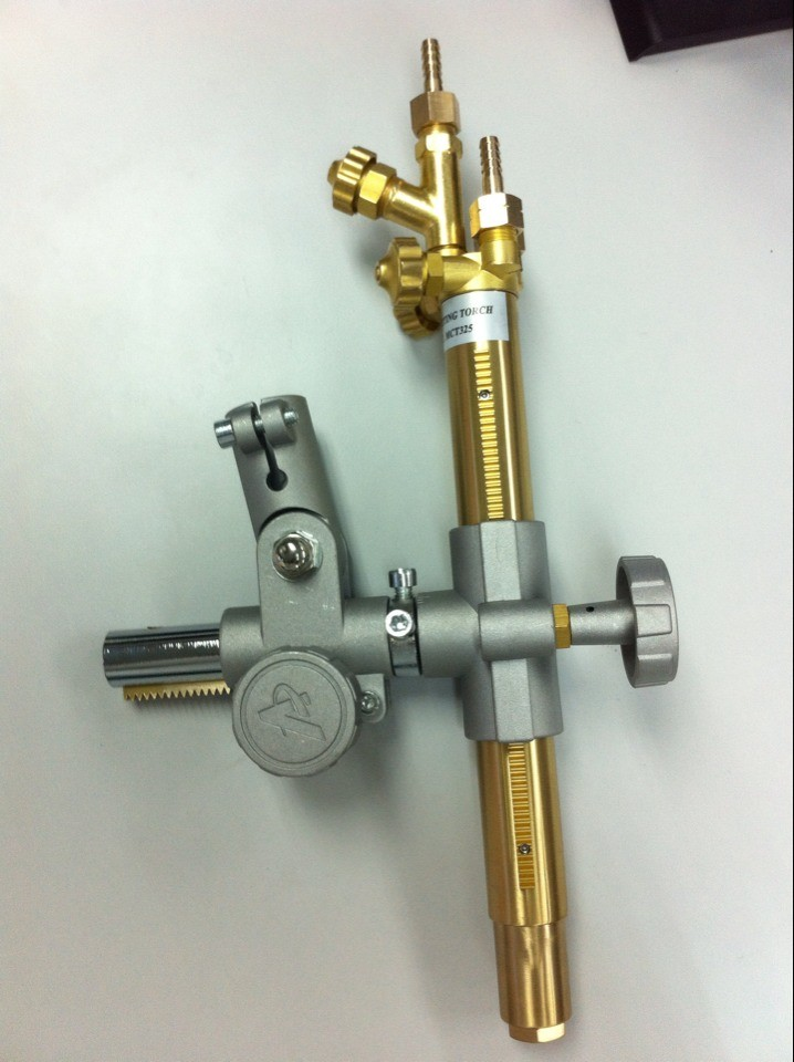 Flame torch with torch holder with flash back arrestor for cnc flame cutting machine