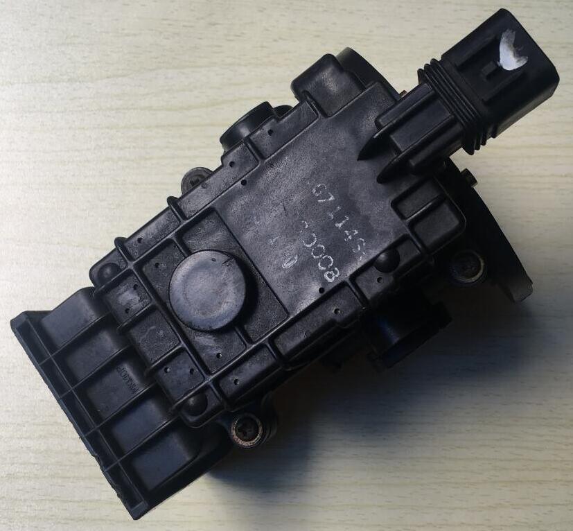 1pc Japan original maf sensors MD118127 E5T01371 air flow sensors fit for mitsubishi delica 4g64 2.4L pajero 4x4 v6 3000 magnum digital map maf enhancer to 5v sensors mazda demio 1 3l efie hho chip