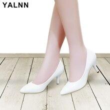 Bombas YALNN Clásicas de las mujeres Tacones altos Zapatos de punta puntiagudo Zapatos de mujer de talla grande en blanco Zapatos de mujer Zapatos de boda