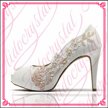 Aidocrystal Gorgeous Wedding Bridal Evening Party lace High Heels Women Shoes Sexy Woman Pumps Fashion Bridal Shoes