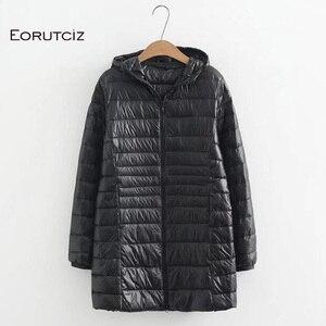 Image 3 - EORUTCIZ manteau Long en duvet de canard pour femme, grande taille 7XL Ultra léger, manteau à capuche Vintage noir chaud, automne LM143