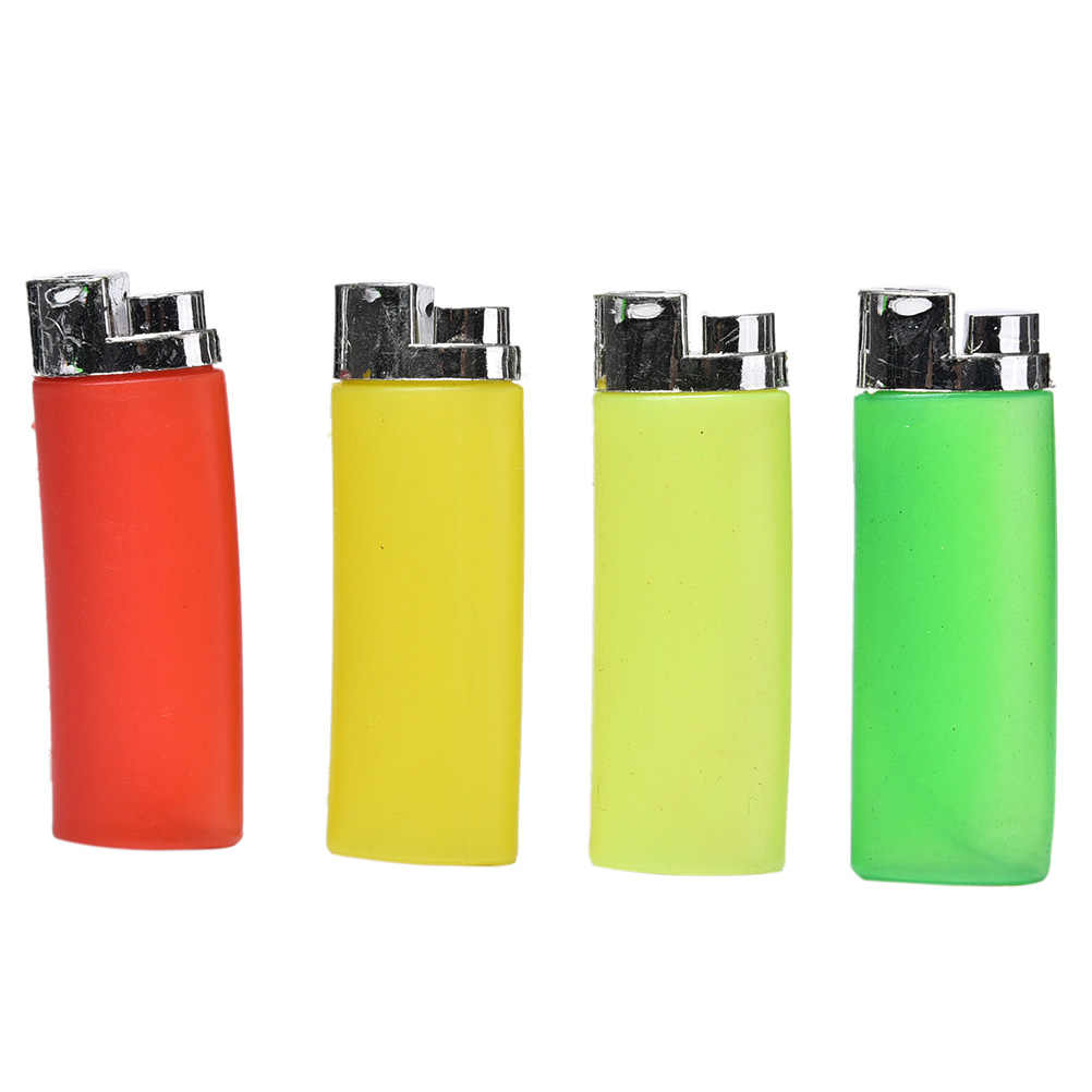 1PC Funny Party Trick Gag Gift Water Squirting Lighter Fake Lighter Joke Prank Trick Toy Random Color Hot Sale