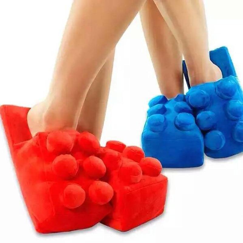 HTB119aWKASWBuNjSszdq6zeSpXa3 Pantufa chinelo Lego Inverno dos desenhos animados criativo casa quente chinelos para homens feminino engraçado macio blocos de construção masculino indoor chinelo sapatos para unisex