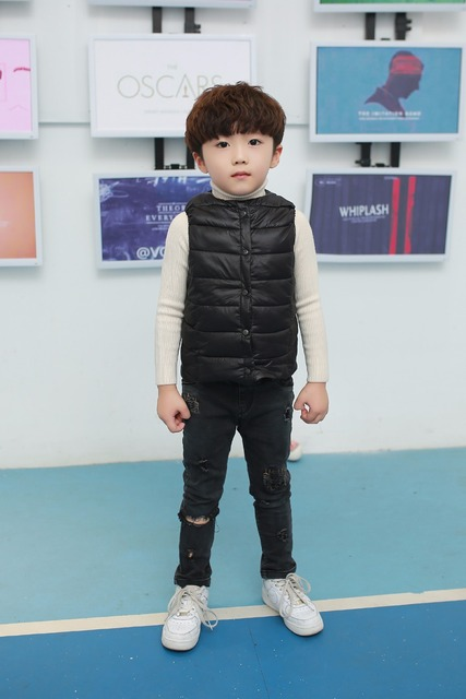 2017 Newest Baby Girls Boys Winter Autumn spring warm duck down vest Kids 8 Solid Single Breasted Cotton Waistcoat Liner 2-9Y