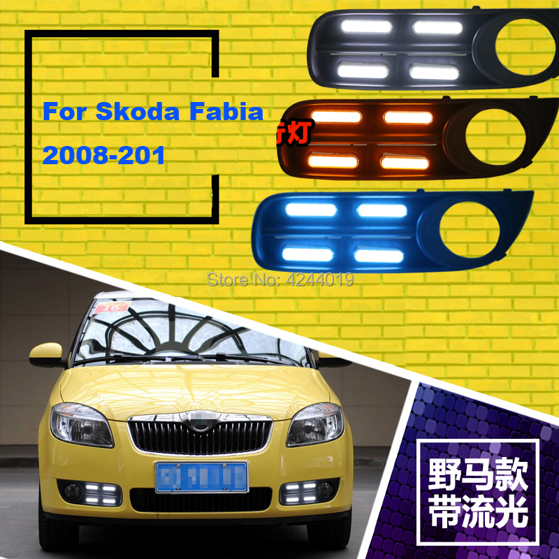 цена на Fits 2008-2011 Skoda Fabia Day Light Fog Lights Fog Lamps LED Driving Light DRL Daytime Running Lights Yellow Turn Signal