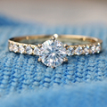 Queen Brilliance 1.1 Ct G-H Engagement Wedding Lab Grown Moissanite Diamond Ring With Moissanite Accents 14K 585 Yellow Gold