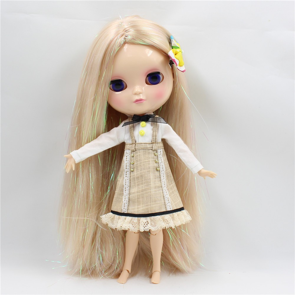 Neo Blythe Doll with Blonde Hair, White Skin, Shiny Face & Jointed Azone Body 4