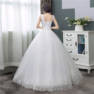Image 2 - Koreanischen Stil V ausschnitt Spitze Tank Ärmelloses Blumen Druck Ballkleid Hochzeit Kleid 2020 Neue Mode Einfache estidos de noivas CC