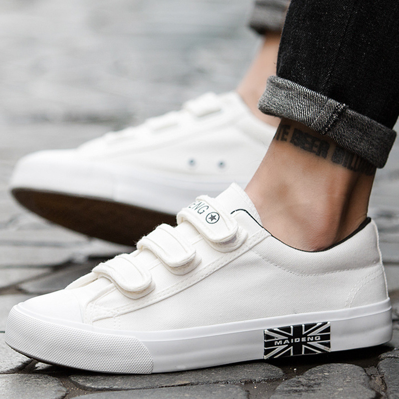 Canvas shoes hook & loop designer brand sneakers for student massage non-slip fashion vulcanize shoes men 2019 news zapatillas de moda 2019 hombre