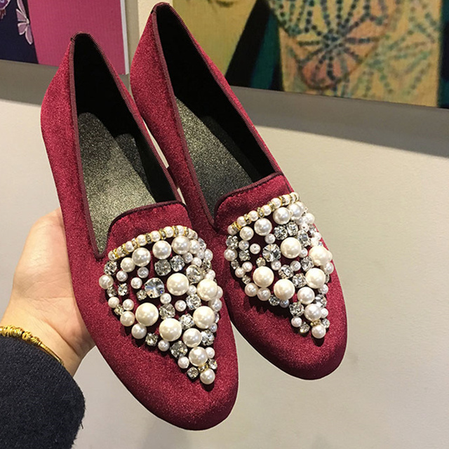7cf78dd0d4 2018-Hot-Women-Shoes-Crystal-Embellished-Pearl-Women-Flats-Fashion-Casual-Shoes-Low-Top-Shoes-Woman.jpg 640x640.jpg