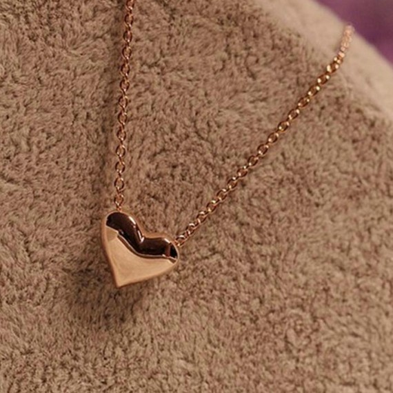 Free shipping fashion simple leaves small love jewelry female accessory ladies heart pendant collar chain necklace