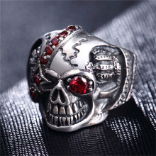 New Rushed Personality Men's Retro Skull Ring Biker Jewelry 925 Silver Rings Punk With Zircon Eye Bijoux European Style