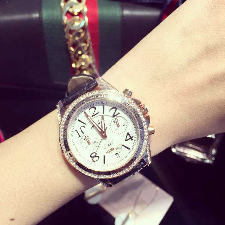 ФОТО Luxury Brand Ladies Watch Women Fashion 3 Eyes Dial Watches Women's Leather Calender Quartz Watch Clock Relogio Feminino OP001