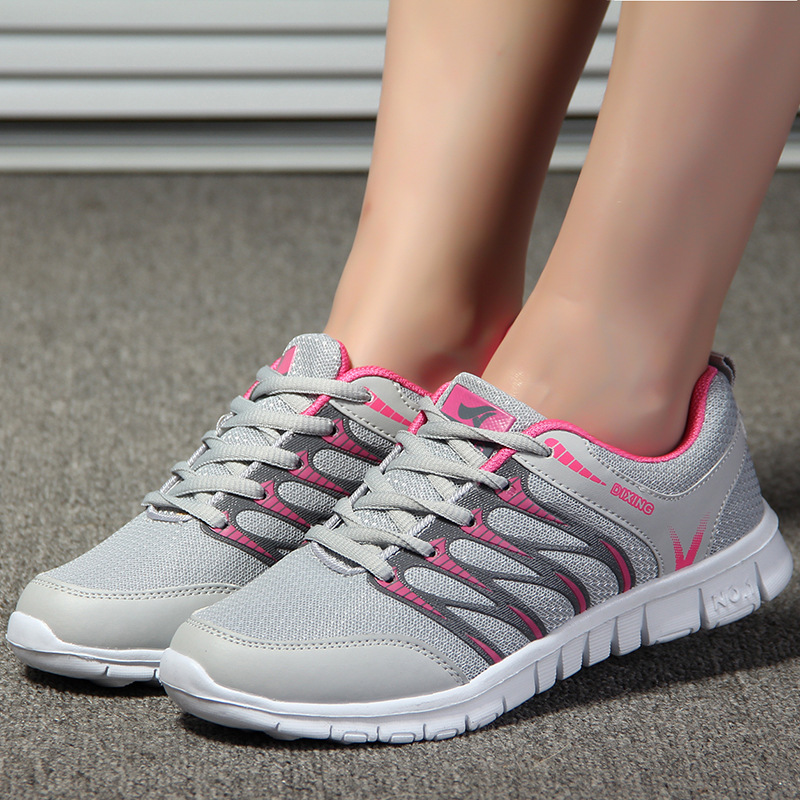 Women Shoes 2018 New Arrivals Fashion Tenis Feminino Light Breathable Mesh Shoes Woman Casual Shoes Female Sneakers mujer women shoes sneakers 2018 fashion mesh breathable non slip lightweight female shoe woman tenis feminino
