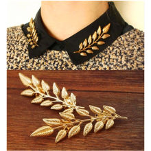 2016 New Arrival The Exquisite Fashion Leaf Brooch , Europe and America leaves retro creative shirt gold brooch z08(China)