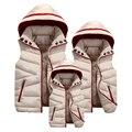 Семья Соответствующие Наряды 2016 Зимой вниз пальто куртки 4xl Мать Отец Дочь Сын Жилет Сгущает Съемный Капюшоном