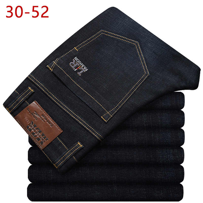 2019 Big Size 30-52 Classic Stretch Baggy Jeans Men Brand Demin Blue Loose Pants Casual Male Cotton High Elastic Overalls CQY10