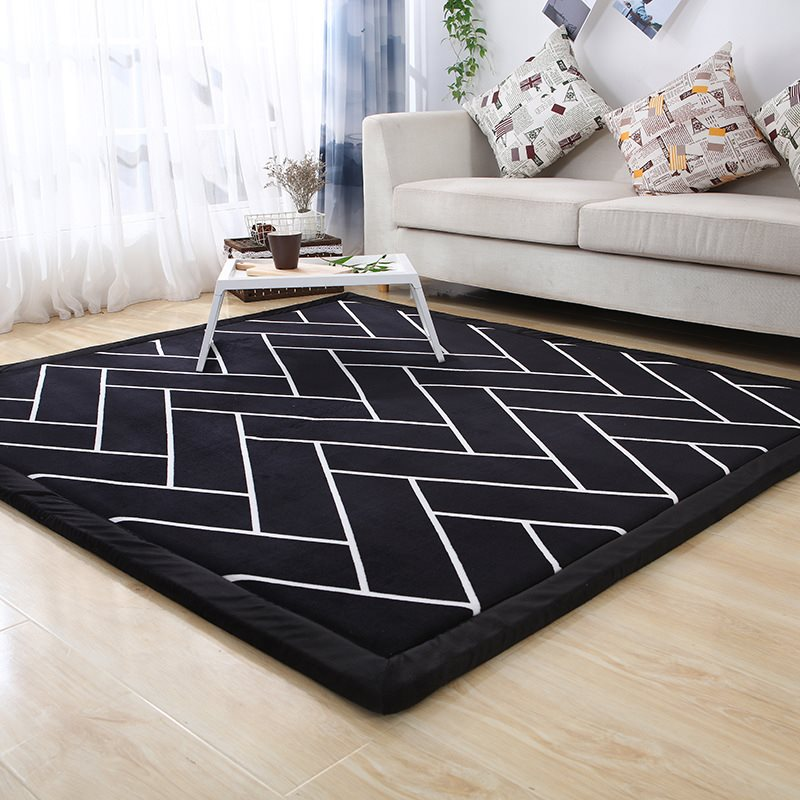 Black And White Striped Style Floor Mat