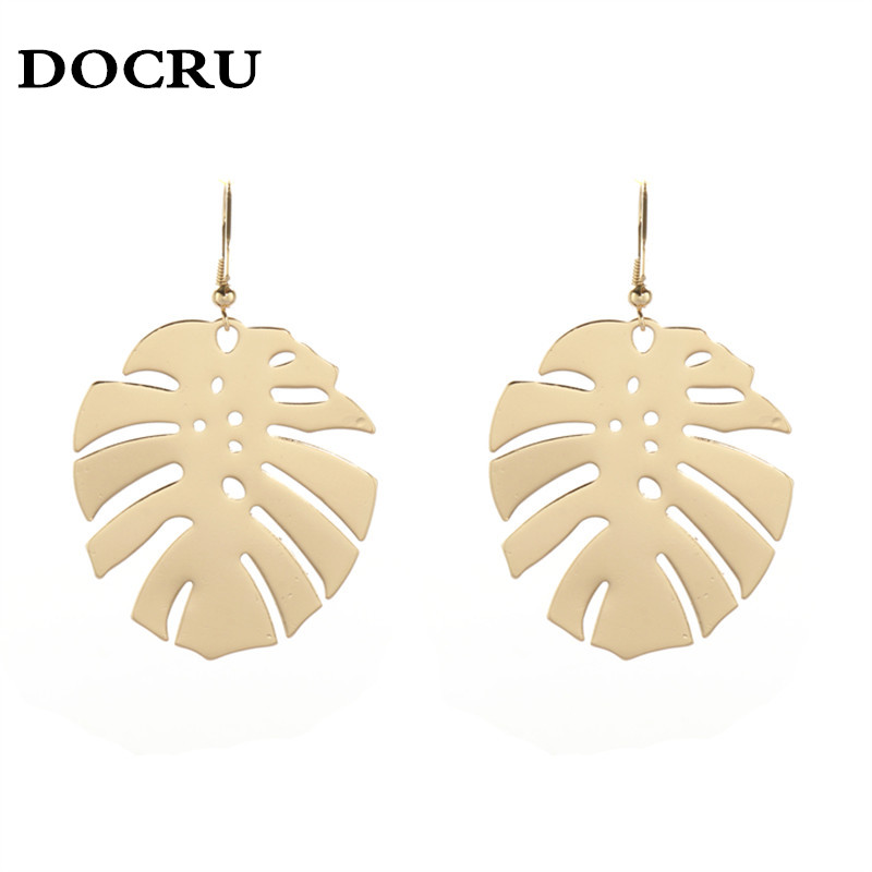 free shipping fashion women New Jewelry wholesale Leaves modeling pendant earrings Girl party gift Beautiful accessories