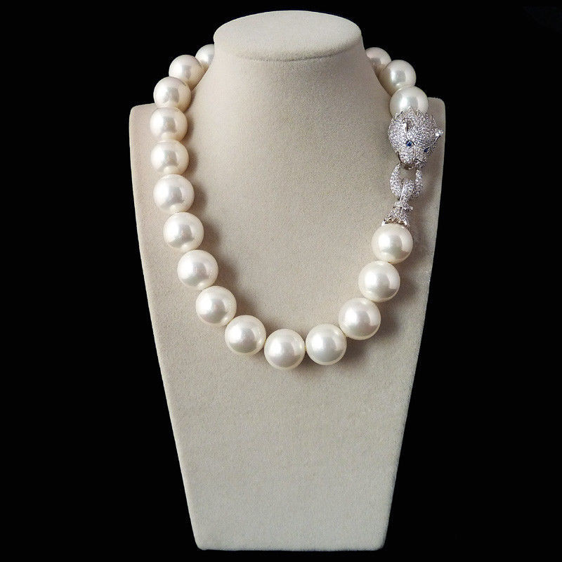 Free shipping 20mm white shell pearl inlay zircon leopard head LUXURY necklaceFree shipping 20mm white shell pearl inlay zircon leopard head LUXURY necklace