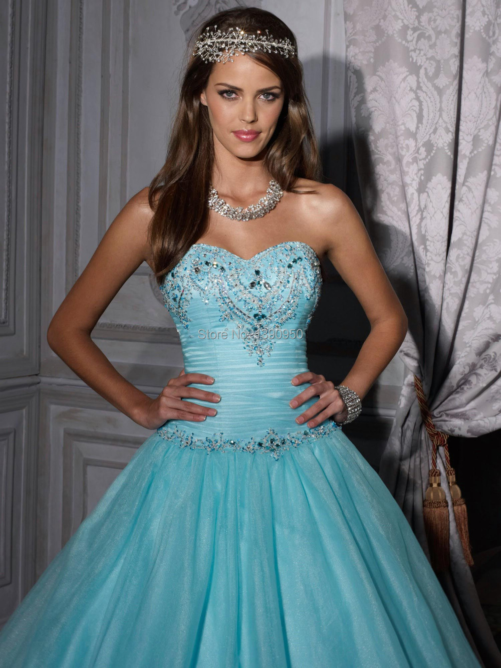 Charming How To Dress Up For A Masquerade Party Images - Wedding ...