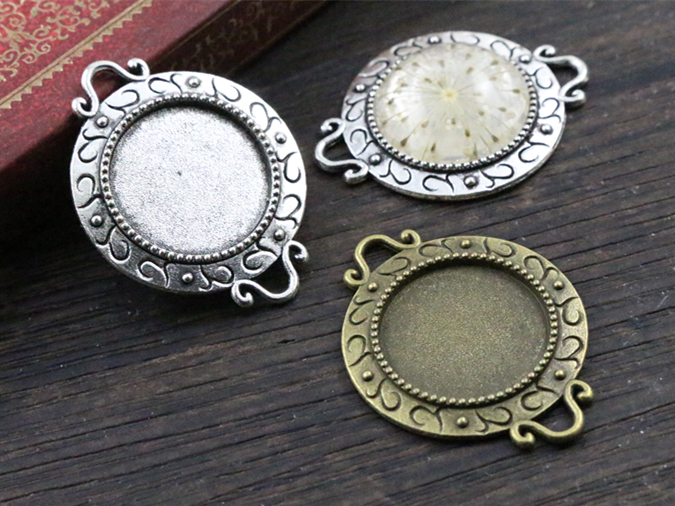 10pcs 18mm Inner Size Antique Bronze And Silver S Texture Connection Style Cabochon Base Cameo Setting Charms Pendant10pcs 18mm Inner Size Antique Bronze And Silver S Texture Connection Style Cabochon Base Cameo Setting Charms Pendant