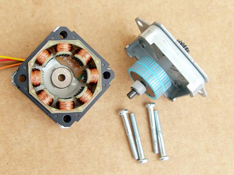 SHINANO 35mm 2-Phase 4-Wire Step Angle Of 1.8 Degrees High Torque Stepper Motor SHP-35D1020-01