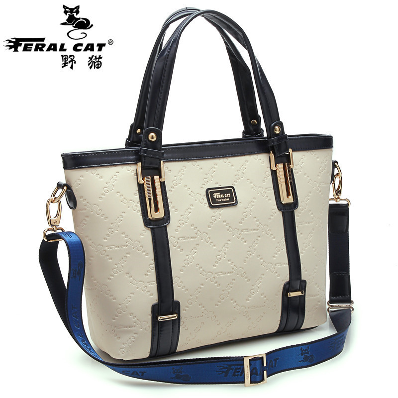 Hot Wmen Bag Fashion Women Messenger Bags Cat Ear Shoulder Bag High Quality PU Leather Crossbody Quiled Embroidery Round Handbag  new national embroidery bags high quality women fashion shoulder