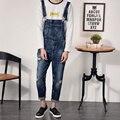Hombres Retros Del Dril de algodón Lavado de Prendas de vestir Nuevo 2017 Mens Bib Jeans Apenada Ripped Jeans Generales Tirantes Envío Gratis