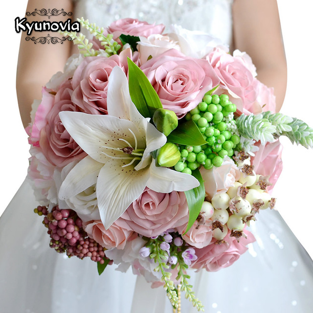 Kyunovia Beautiful Wedding Bouquet Assorted Roses Lily Bouquet