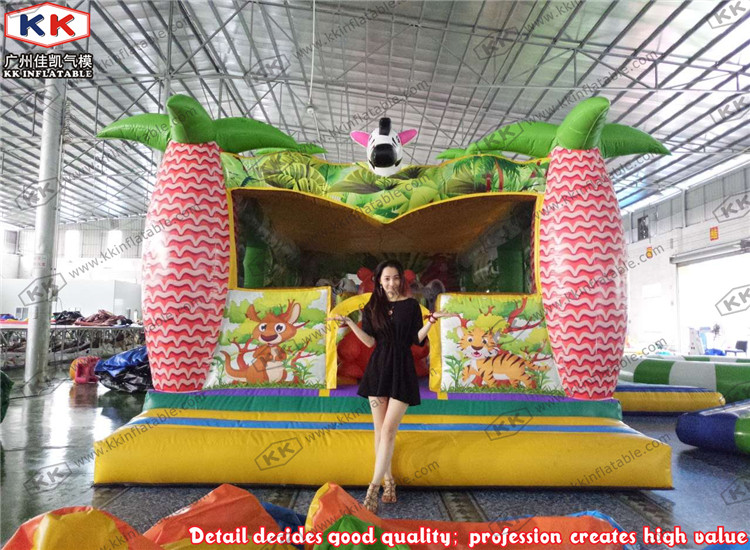Outdoor Commercial Inflatable Jungle Moonwalk Bounce House