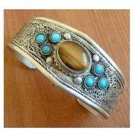 Tây tạng hổ bạc mắt & turquoises hạt cuff vòng đeo tay