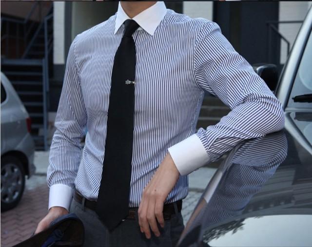 0dd07732042275 Trasporto libero da uomo Su Misura elegante manica lunga a strisce blu  colletto bianco business camicie