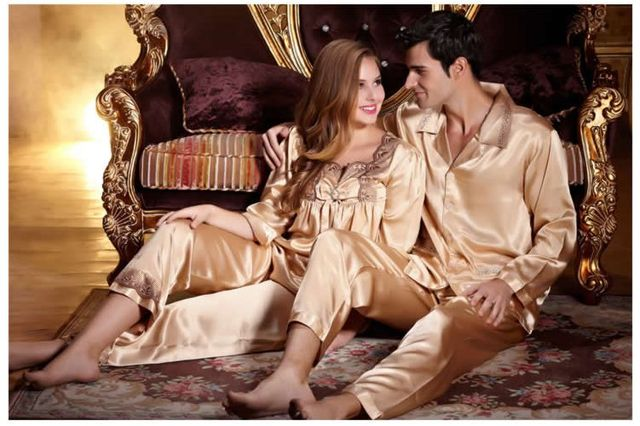 Ropa interior pijamas set amantes de Primavera y otoño ropa de noche de seda noble de manga larga conjunto de salón del twinset de seda de las mujeres masculinas.