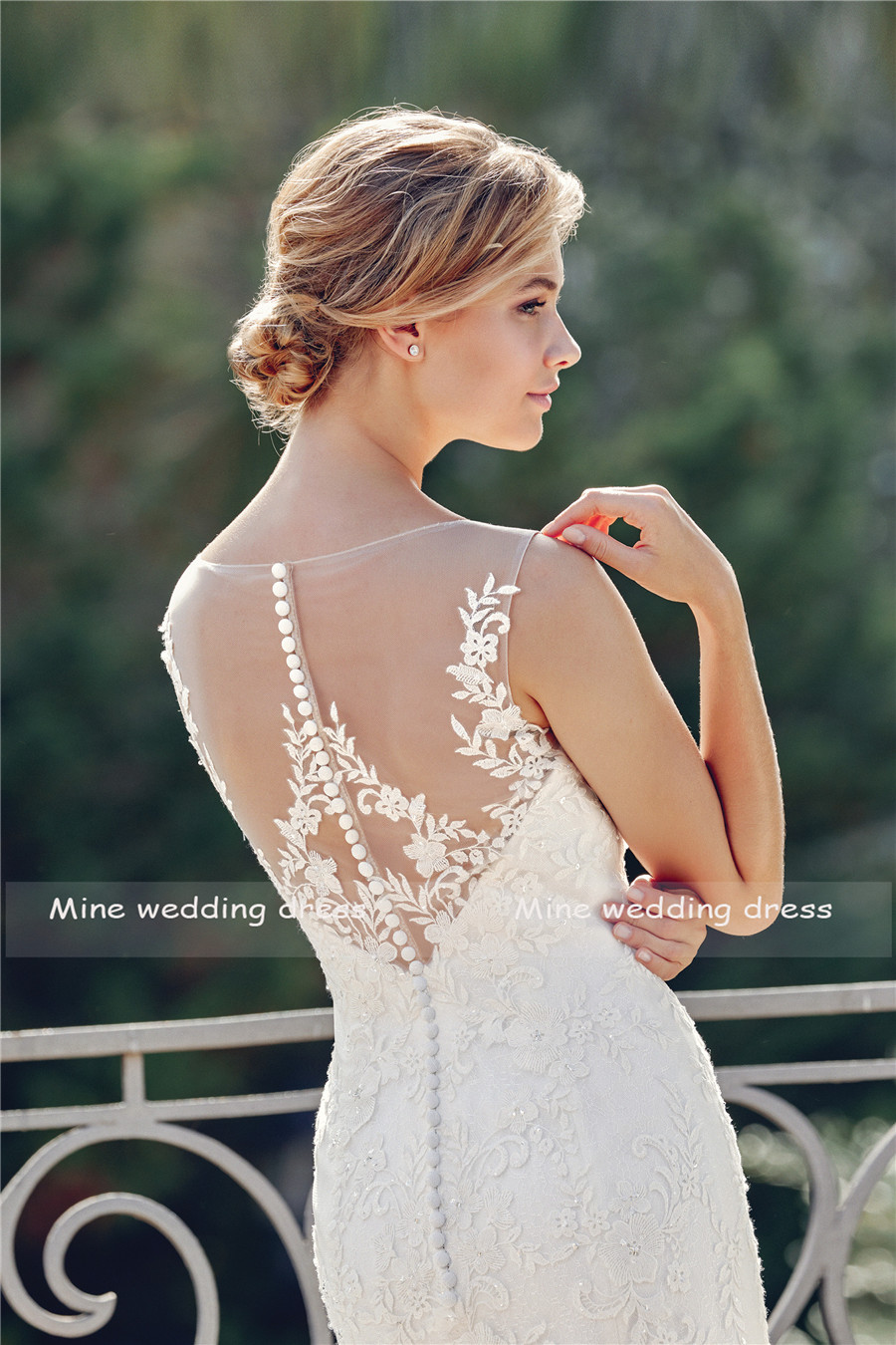 Allover Lace Applique Dee V neck Mermaid Wedding Gown with Illusion Neckline and Back Sexy Bridal Dress vestidos de noiva-in Wedding Dresses from Weddings & Events    2