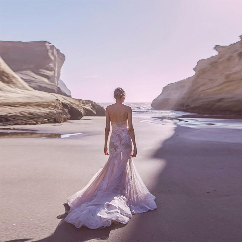 Verngo 2019 Mermaid Wedding Dress Appliques Lace Bridal Dress Backless Strapless Wedding Gowns Elegant Vestido Noiva