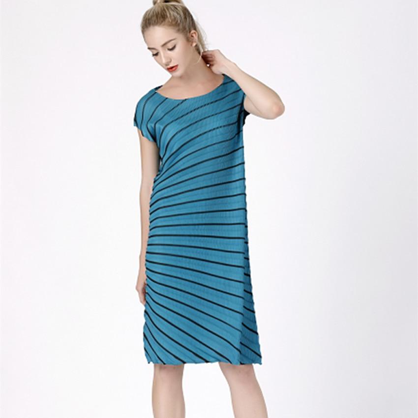 Folded fashion dress irregular dress with new twill bottom skirt thumbnail