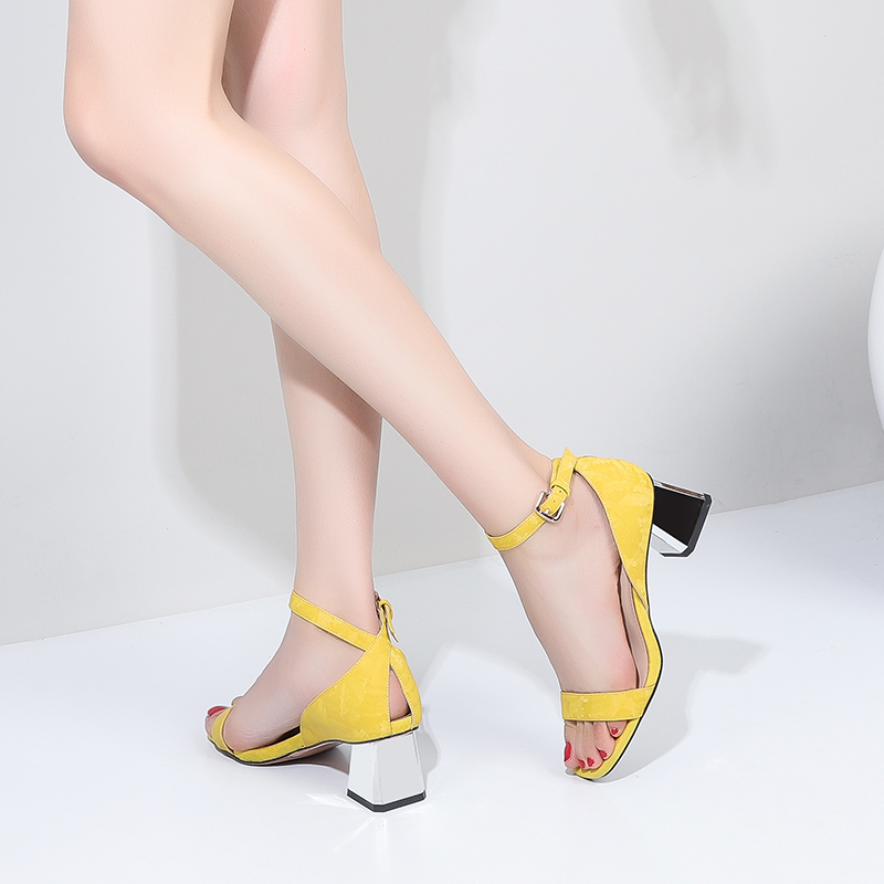 ZVQ Office Lady Sheepskin Leather Insole Woman Sandals Summer Comfort Classic 5 Cm Med Cover Heels Hollow Women Shoes