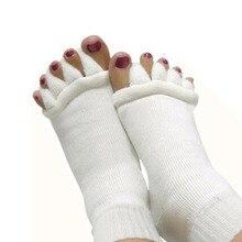1 Par de Yoga Masaje Separador de Dedo Del pie Herramienta Del Cuidado de Pie Hallux Valgus Juanete Protector Straightener Toe Superposición Ortopédicos C590