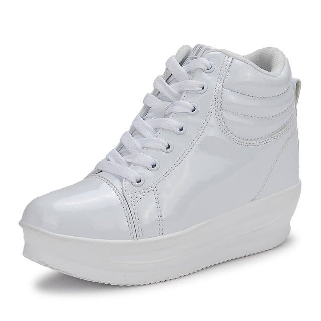 KUYUPP 2016 Fashion Hide Heel Women Casual Shoes Breathable Flat Platform Casual Women Shoes Patent Leather High Top Shoes YD105