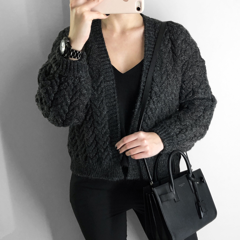 2019 High Quality Women Cardigan And Knitted Coat Top Casual Solid Color Cardigan Sweater Thick Sweater