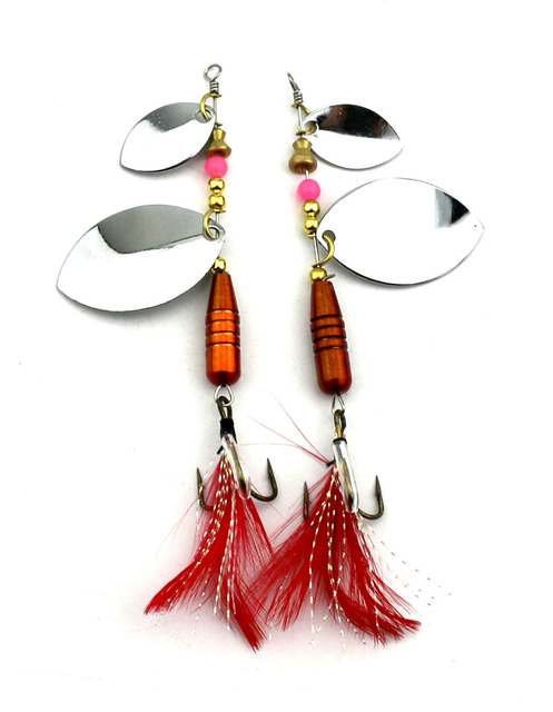 HENGJIA 1PC spinnerbait Metal Sequin Bass isca Artificial Spoon Fishing lure pesca Pike fishing tackle feather fishing hook