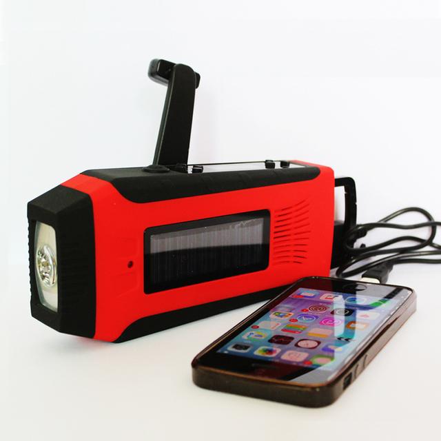Fuerte Manivela Solar Radio con Cargador de Teléfono Banco de Alimentación y LED Flashlight
