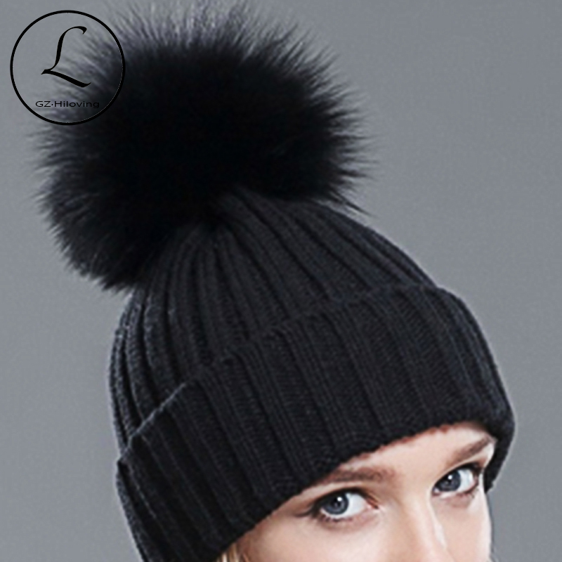 2017 Black Acrylic Winter Beanie Hat Women Real Silver Fox Fur Ball Hats Winter With Real Raccoon Fur Knitted Beanie Pom Pom Hat