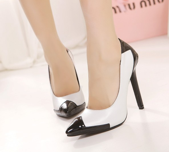 c850b2664 Fashion pointed toe thin heels high heeled single shoes black white fashion  vintage ol wedding pumps-in Women's Pumps from Shoes on Aliexpress.com |  Alibaba ...