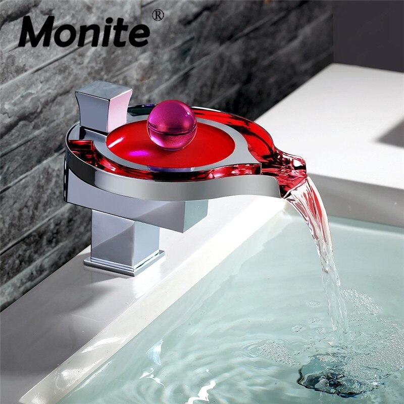 LED Ванная комната кран латунный хромированный Водопад Ванная комната Смесители для умывальника 3 цвета Изменение водопроводной воды Мощнос...
