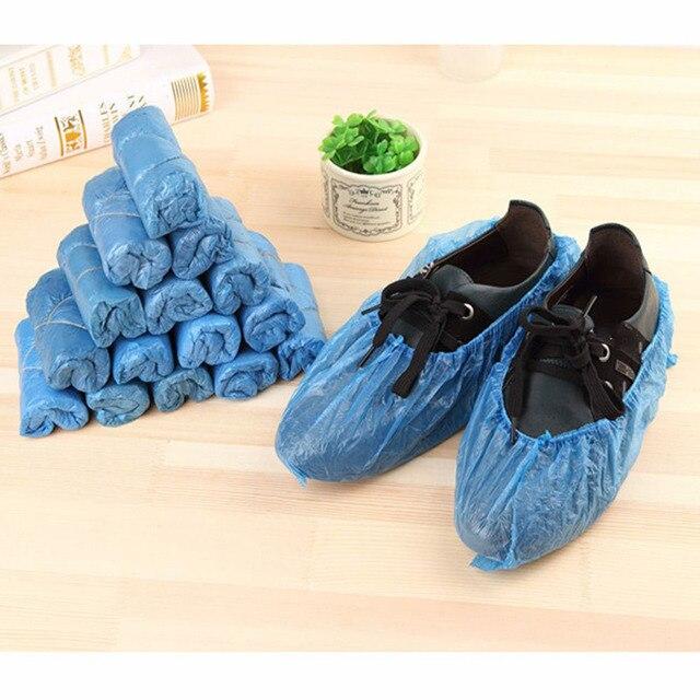 1 paquete/100 piezas cubiertas de botas impermeables médicas de plástico desechables cubiertas de zapatos sobre zapatos de lluvia cubiertas a prueba de lodo color azul