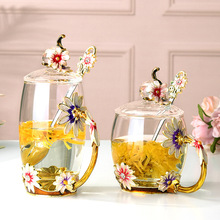 Single Layer Daisy Glass Cup Flower Tea Juice Milk Coffee Glass Cup for Home Restaurant in Cold and Hot Drink