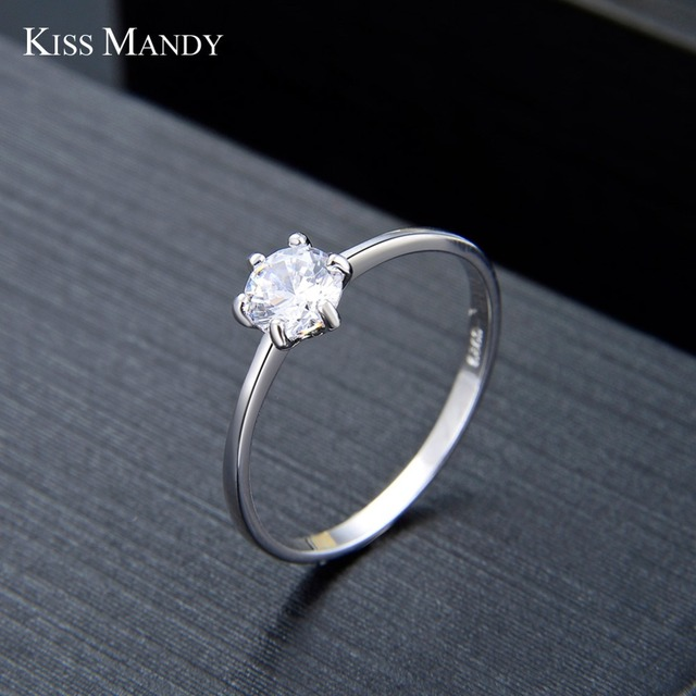 KISS MANDY 925 Sterling Silver Women Wedding Rings 0.5 Carat Cubic Zircon Fashion Female Engagement Jewelry Wholesale KSR116